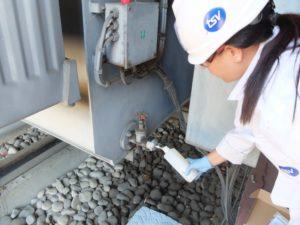 prélèvement huile transformateur